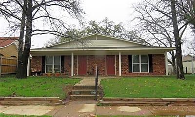 Building, 1009 W Woodard St, 0