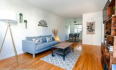 Living Room, 1427 21st St, 1