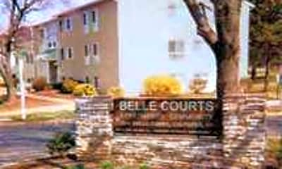 Belle Courts, 0