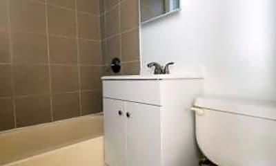 Bathroom, 5001 W Adams, 2