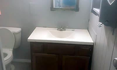 Bathroom, 2511 W Mallory St, 2