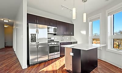 Kitchen, 555 Roger Williams Ave 407, 1