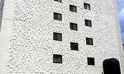 Paul J Martin Apartments, 0