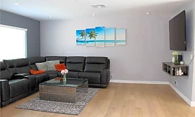 Living Room, 17956 Collins St, 2