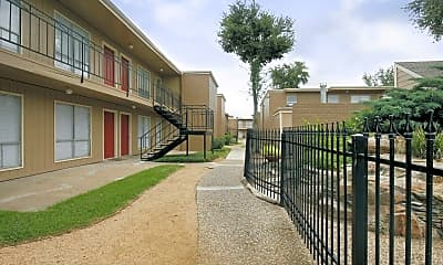 Building, Braeswood Oaks, 1
