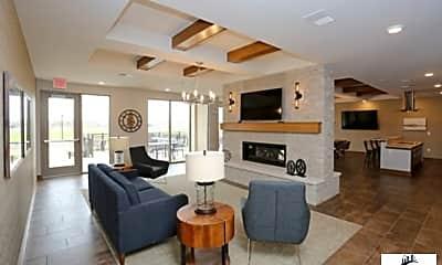 Living Room, 2800 Howard Commons, 1