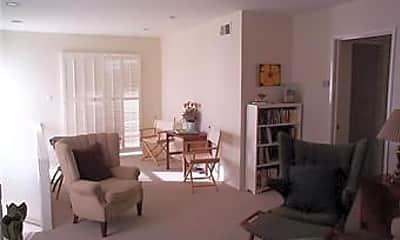 Living Room, 165 Fairview St, 2