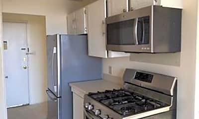 Kitchen, 3333 University Blvd W 812, 1