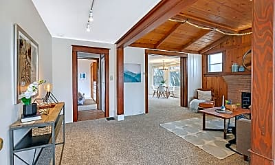 Living Room, 905 SE 50th Ave, 1