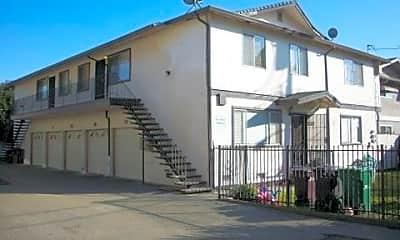 Building, 26580 Chisholm Ct, 1