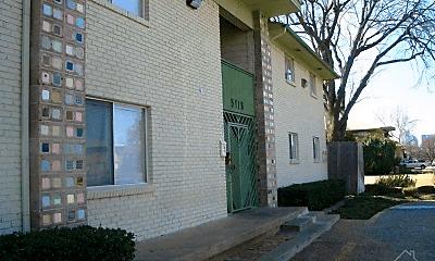 Building, 5118 Live Oak St, 1