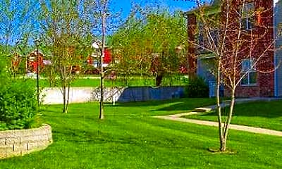 Landscaping, Lakeview Apartments, 1