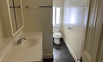 Bathroom, 1626 Myrtle St, 2