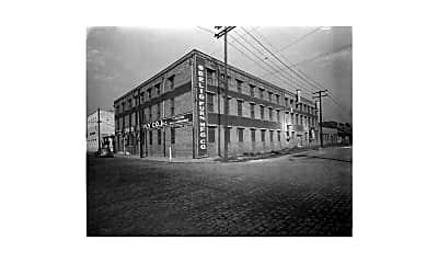 Building, 621 Celeste St, 2