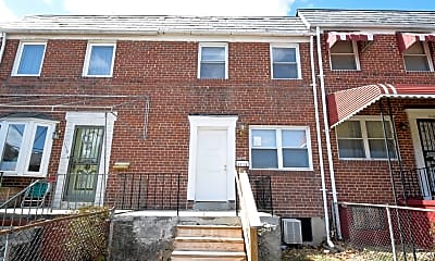 Building, 1112 N Augusta Ave, 0