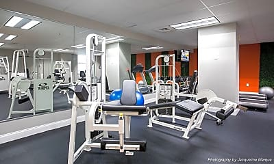 Fitness Weight Room, 925 Common Luxury Apartments, 1