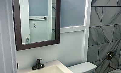 Bathroom, 152 Western Ave, 1