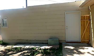 Patio / Deck, 2024 Pine St, 2