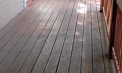 Patio / Deck, 104 W Maynard Ave, 1