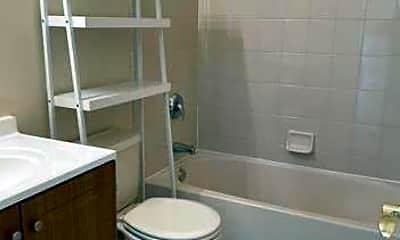 Bathroom, 73-09 Arverne Mews Dr, 2