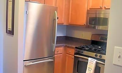 Kitchen, 7111 Woodmont Ave, 1