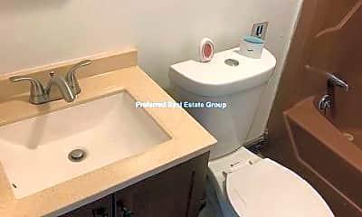 Bathroom, 61 Clayton St, 2