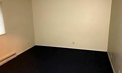 Bedroom, 4879 Creek View Rd, 2