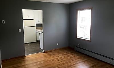 Living Room, 727 Thomas Ave N, 1