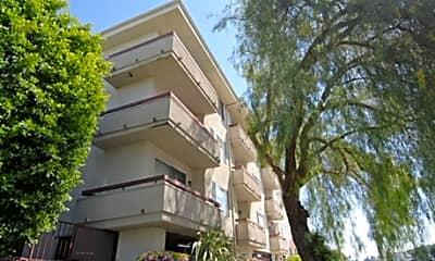 Toluca Place Apartments, 0