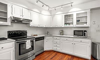 Kitchen, 842 S American St A, 1