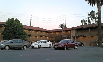 Saddleback Lodge, 2