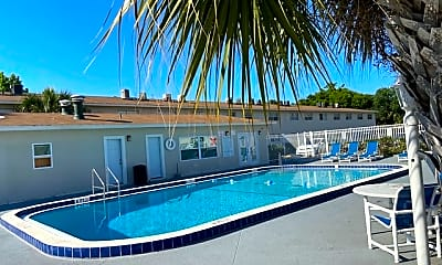 Pool, 460 Brentwood Dr, 0