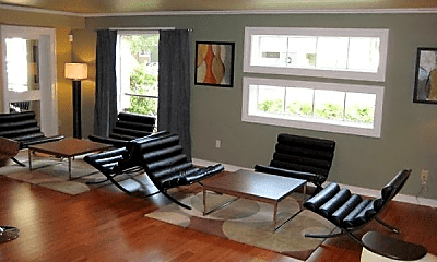 Living Room, 6425 Westheimer Rd, 2