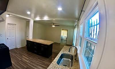 Living Room, 857 W 43rd Pl, 2