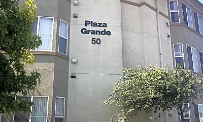 Plaza Grande Apartments, 1