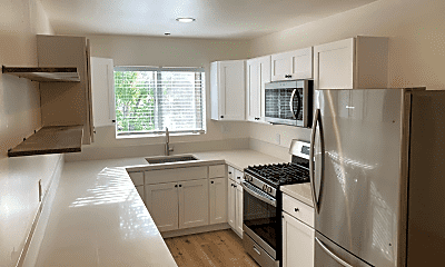 Kitchen, 1109 San Pascual St, 1