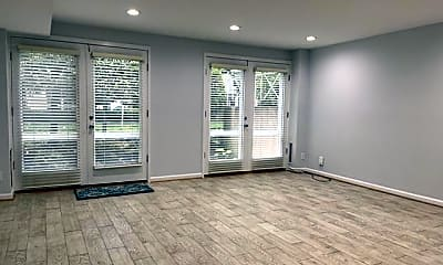 Living Room, 61 G St SW B, 1