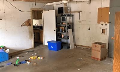 Living Room, 4226 Goshen Pass St, 2