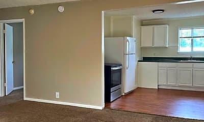 Living Room, 2025 Jefferson St, 1
