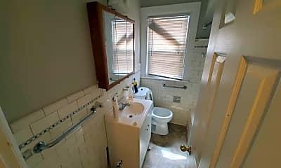 Bathroom, 17180 Northlawn St, 2