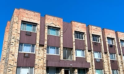 Building, 8631 W Foster Ave 3A, 2