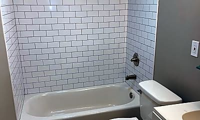 Bathroom, 45 Governors Pl, 2