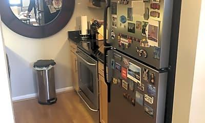 Kitchen, 1011 Hunter St, 2