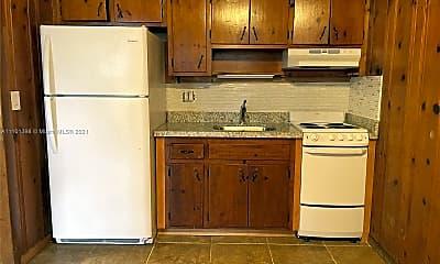 Kitchen, 206 SE 10th St 2, 1