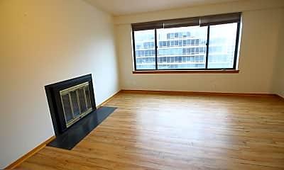 Living Room, 3 Washington Cir NW 704, 1
