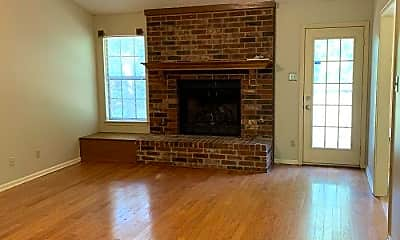 Living Room, 2314 Peach Tree Dr, 1