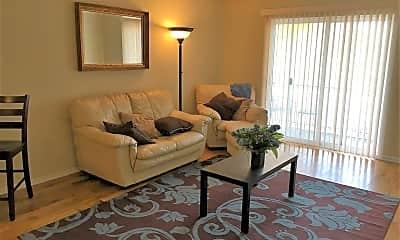 Living Room, 4086 Karl Rd, 1