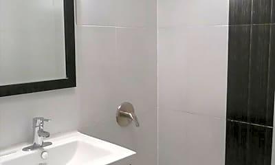 Bathroom, 893 Franklin Ave, 2