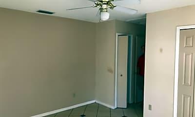 Bedroom, 2103 E Grant Ave, 2