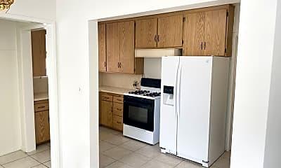 Kitchen, 215 N Buena Vista St, 1